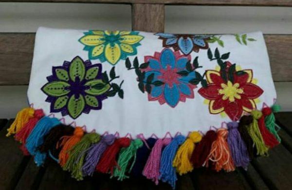 carteira com flores