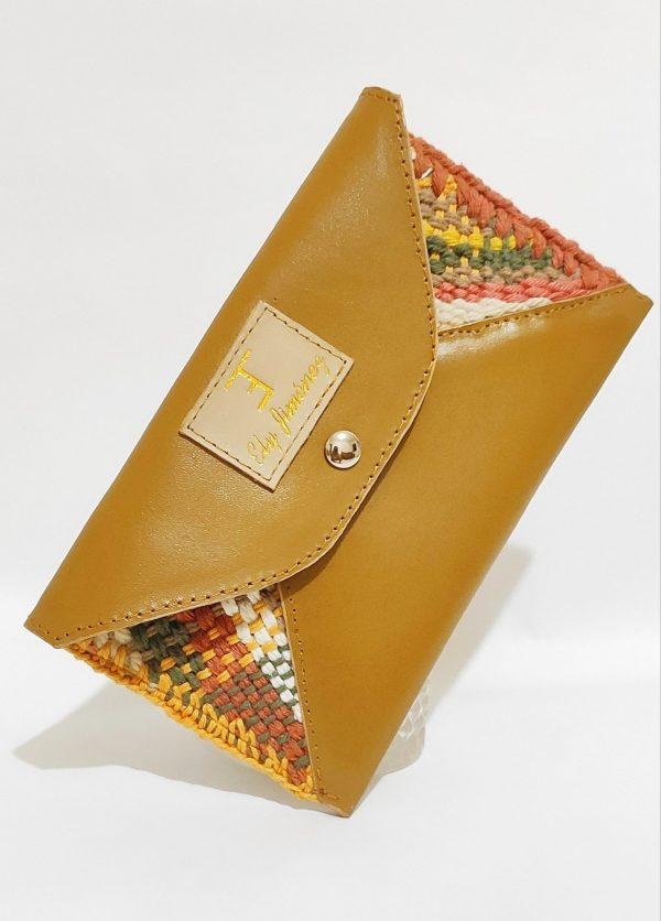 Pochete e bolsa de mão
